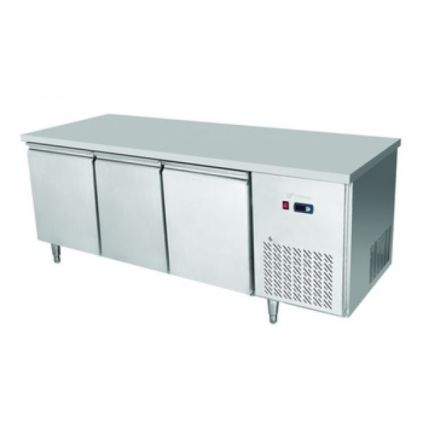 Atosa EPF3472 Three Door Table Freezer