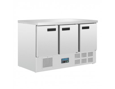 Polar G622 Triple Door Counter Fridge